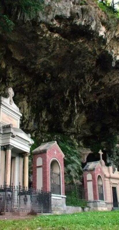 636259694898287307_Cappelle+private+e+Via+Crucis+nella+grotta._resize.jpg-1920w